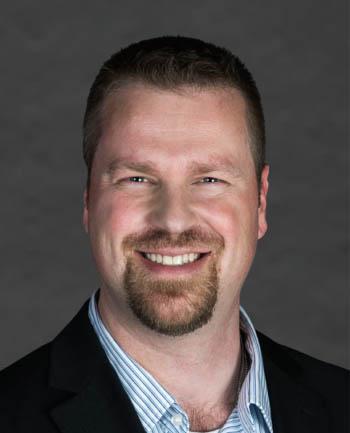 Headshot of StevenZin
