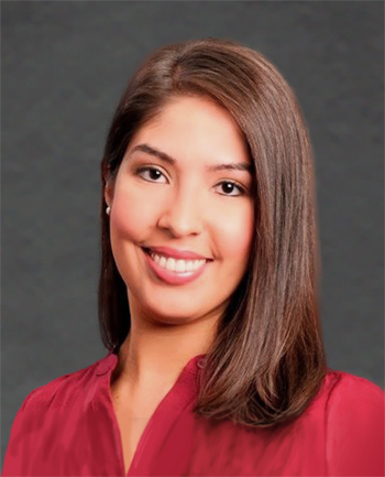 Headshot of Michelle Aponte Boksa